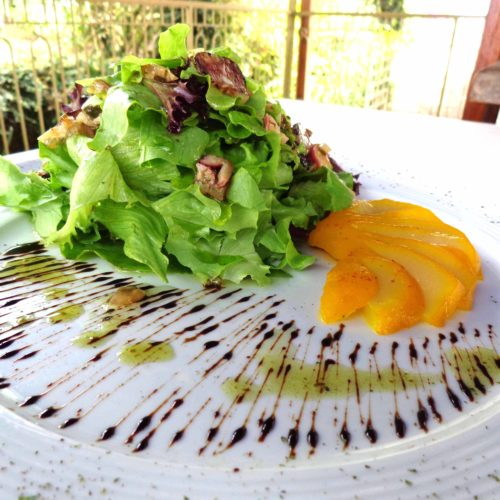 Salada com Manga cozida no Corcuma